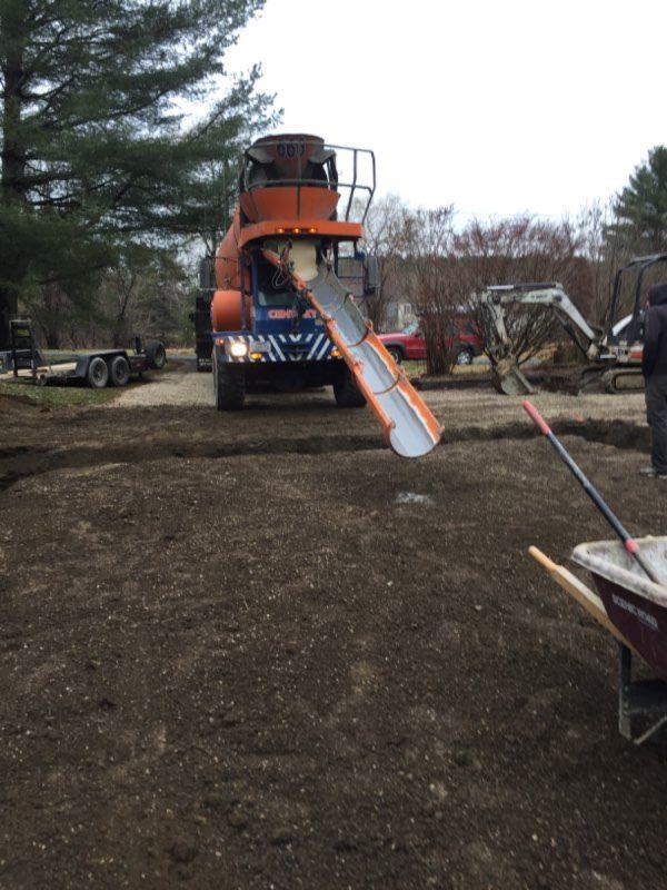 Pouring a concrete garage foundation