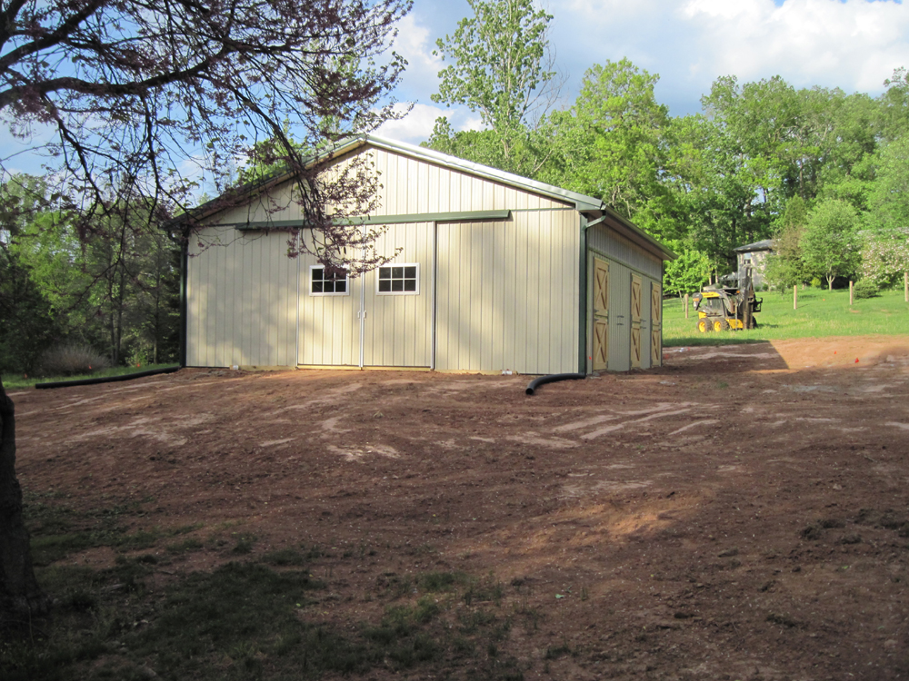 Horse barn in PA with rubber horse stall mats