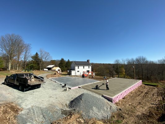 Power troweling a concrete garage foundation in PA